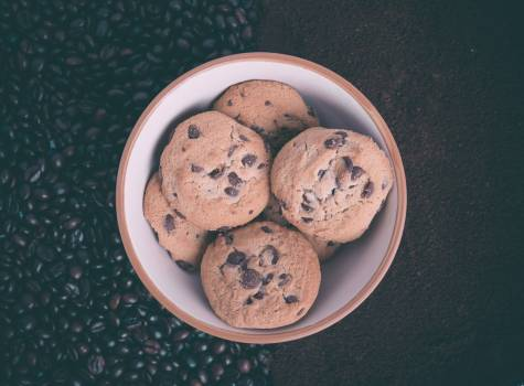 Cookies chocolate chip sweets Free Photo