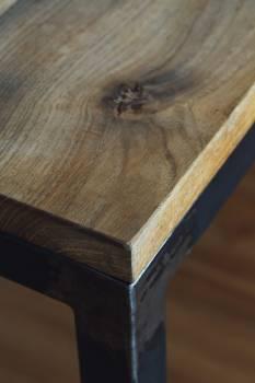 Closeup of an oak wood table #384509