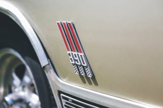 Closeup of a vintage muscle car Free Photo