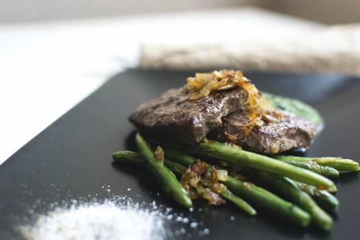 A fresh cook paleo steak closeup #392141