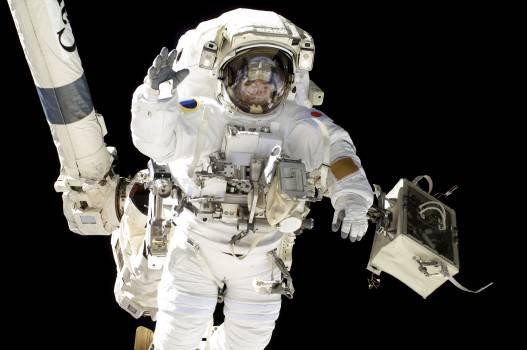 NASA astronauts in space - Original from NASA.  Free Photo