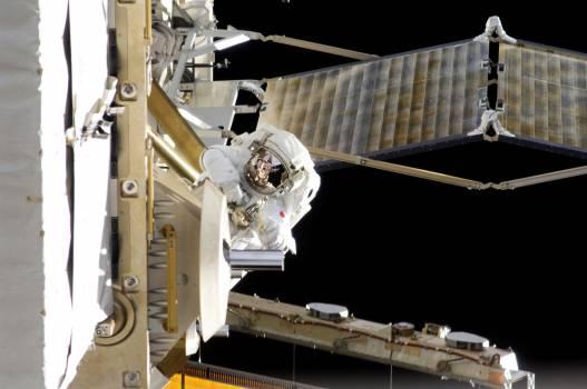 NASA astronauts in space - Nov 1st, 2012. Original from NASA.  #393364