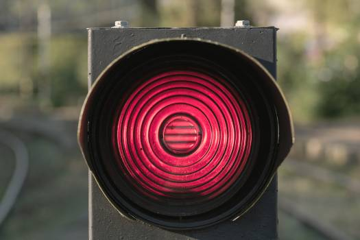 Red traffic light - free stock photo #398798