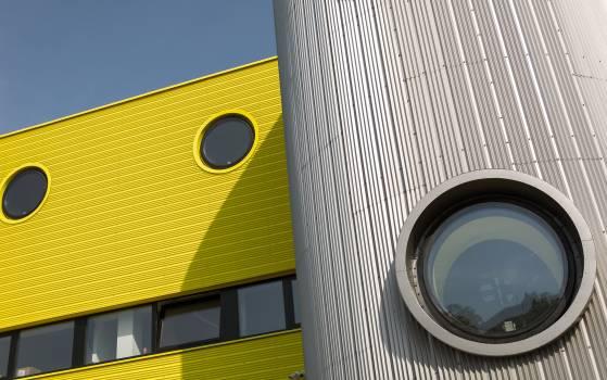 Minimalism in architecture - free stock photo #398944