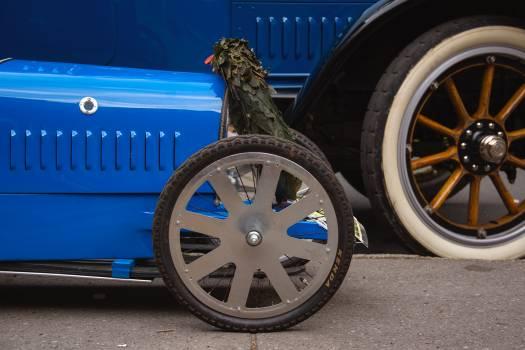 Old Blue Bugatti Type 35 Sports Car - free stock photo Free Photo