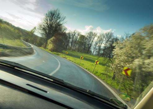 View from a fast-moving car in the curve - free stock photo #399400