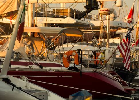 Sailboats in marina - free stock photo #399879