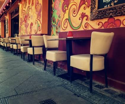 Street Cafe in Berlin - free stock photo #400100