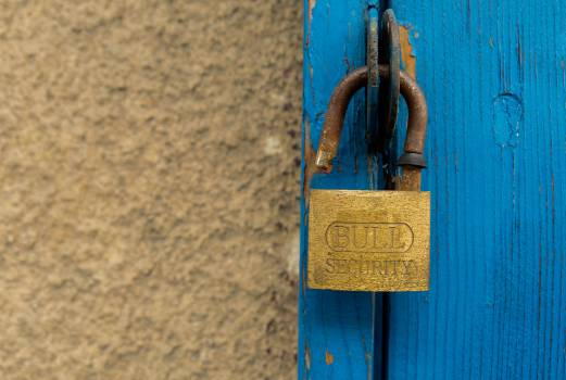 Old door and an open padlock - free stock photo Free Photo