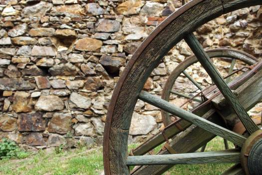 Wooden Wheel - free stock photo #400219