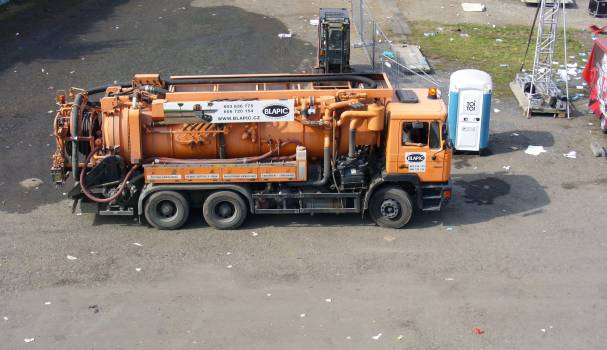 Sewage Truck - free stock photo #400469
