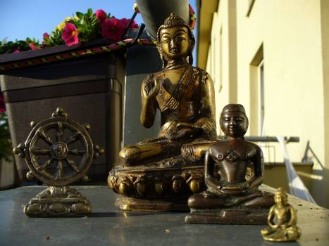 Buddhas Statues - free stock photo #400664