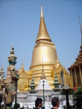 Stupa in Grand Palace in Bangkok - free stock photo #400999