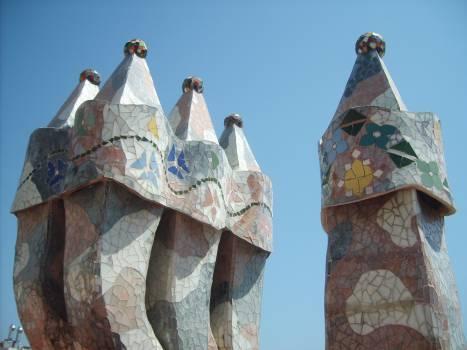 Chimney on Casa Mila in Barcelona - free stock photo #401144