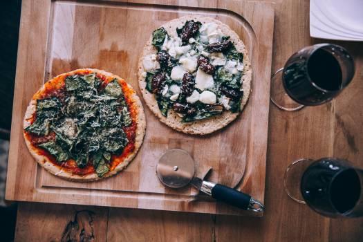 Pizza and Wine Free Photo #401303