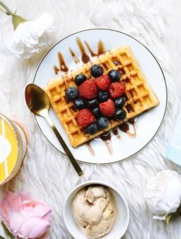 Fruit on Waffles Free Photo #401341