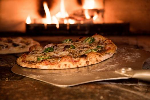 Fresh Baked Pizza Oven Free Photo #402016