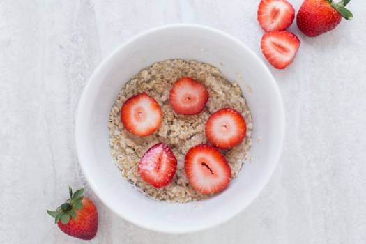 Strawberries Muesli Breakfast Free Photo #402260