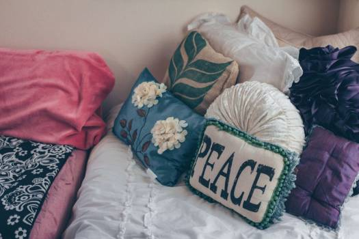 Peace Pillow Bedroom Free Photo #402363