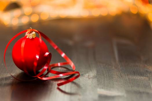 Red Christmas Tree Baubles Free Photo #402748