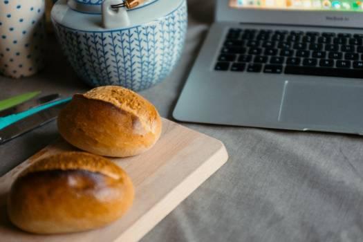 Fresh Bread Rolls MacBook Pro Free Photo #402921