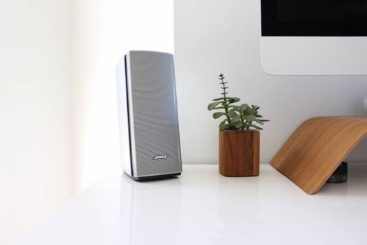 Bose Speaker Mac Minimal Desk Free Photo #403163
