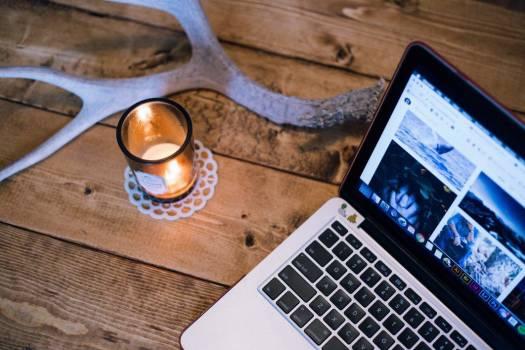 Wood Desk Candle MacBook Free Photo #403397
