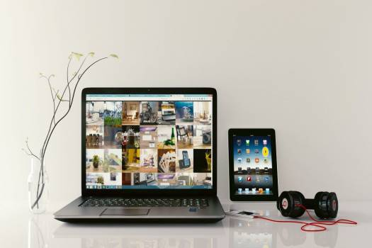 iPad Laptop Beats Headphones Free Photo #403493