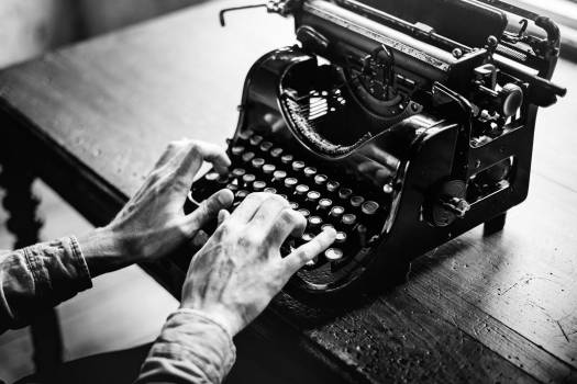 Typing Vintage Typewriter B&W Free Photo #403618