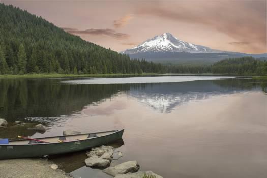 Lake Lakeside Body of water #404986