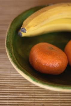 Still life with fruits in ceramic bowl - free stock photo #406992