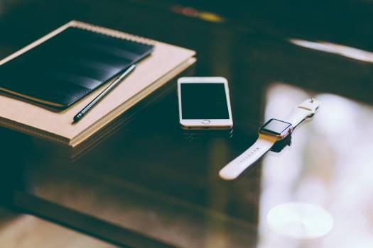 iPhone Apple Watch Black Free Photo #409060
