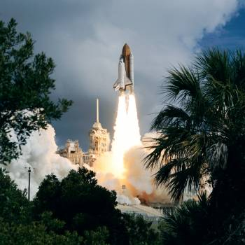 STS-57 Endeavour, OV-105, framed by Florida vegetation, lifts off from KSC LC Free Photo