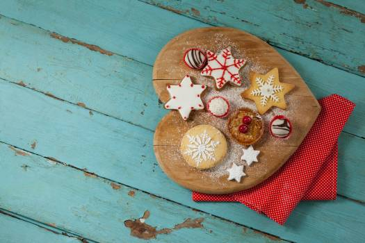 Christmas gingerbread cookies with icing #410477