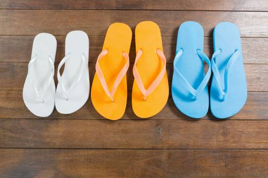Three pair of beach flip flop slippers #412526
