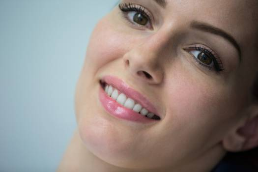 Beautiful woman at dental clinic #413004