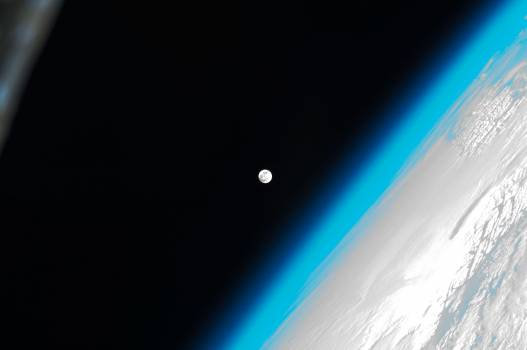 Lunar observation taken by Expedition 30 crewmember #413119