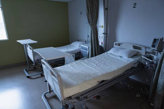 Hospital ward with empty beds #413861