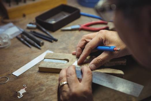 Craftswoman working in workshop #413901