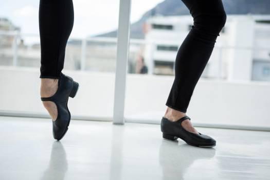 Dancer practising dance #417079