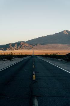 Photo Of An Empty Road During Daytime #423780