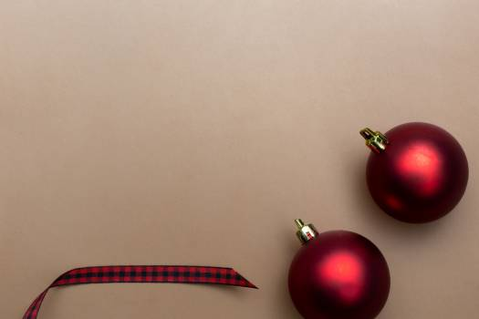 Red Christmas Baubles Free Photo #425494