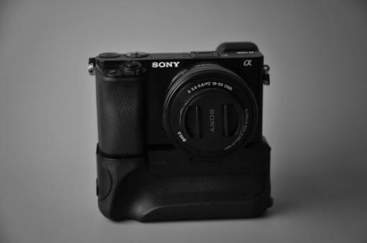 Close Up Photography of Black Sony Camera #42889