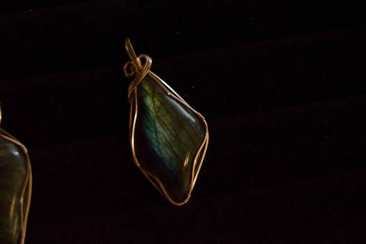 Gold and Black Gemstone Jewelry #43180