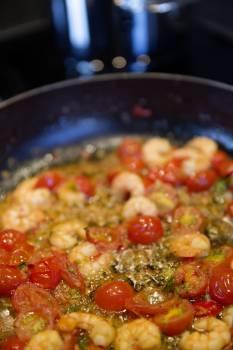 Tomatoes Sauteed With Shrimp Dish #43205