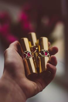 Gold Case Lipstrick #44581