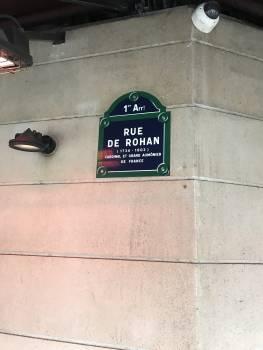 Cafe louvre paris road sign #52159