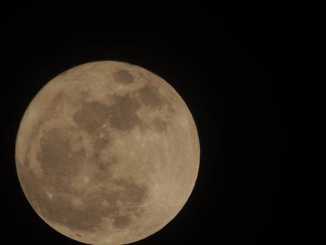 Moon fullmoonday nikon p510 Free Photo