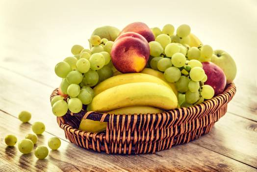 Apples bananas basket bunch Free Photo