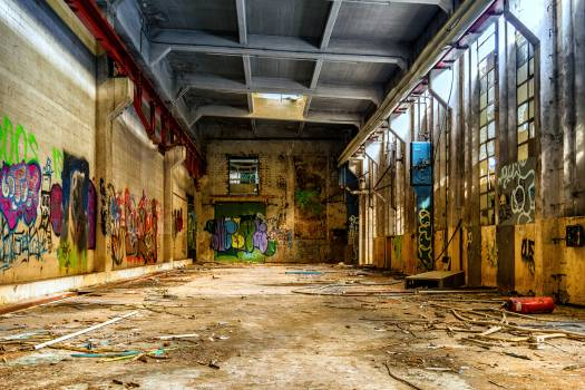 Building decay dirt factory Free Photo